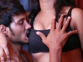Desi Girlfriend navel fetish - compilation
