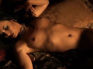Gorgeous Erotic Brunette MILF