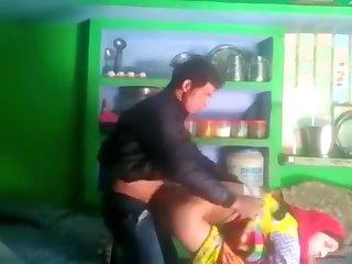 Desi married bhabhi salma cheating with neighbor bf mms kissing