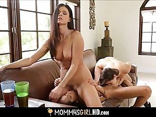 Hot Teen Stepdaughter Shyla Jennings Caught By MILF Stepmom India Summer Fucking BFF Chloe Amour & Joins In Threesome