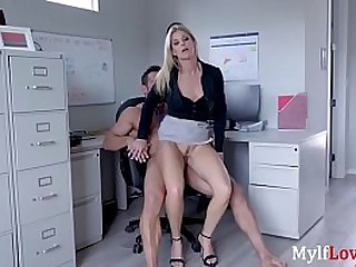 MILF fucks naught strangers