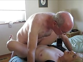 Old Couple Hooks Up Online For Sex