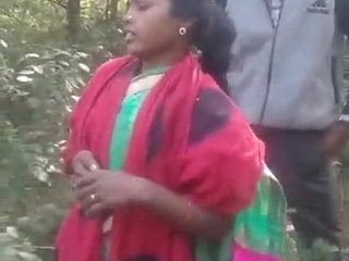 Indian girlfriend sex in jungle
