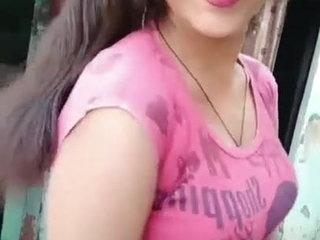 Desi girl sexy dance